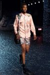 coach-spring-summer-2018-outfit-collection (32)-shorts-bag