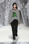 dior-spring-summer-2018-ss18-rtw-collection (11)-striped-tee-shirt