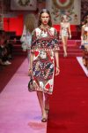 dolce-and-gabbana-spring-summer-2018-ss18-rtw-(18)-queen-of-hearts-print