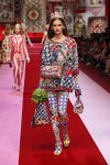 dolce-and-gabbana-spring-summer-2018-ss18-rtw (44)-queen-of-hearts-print-tights
