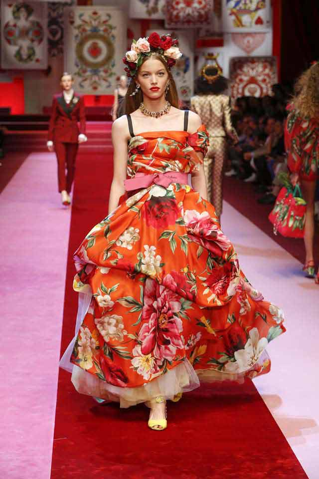 dolce and gabbana analysis News & analysis  founders domenico dolce and stefano gabbana have  rejected all  this week, dolce & gabbana uses drones instead of models at  milan.
