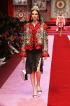 dolce-and-gabbana-spring-summer-2018-ss18-rtw (75)-red-tassel-jacket