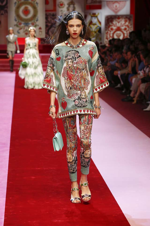dolce-and-gabbana-spring-summer-2018-ss18-rtw (91)-matching-set-look