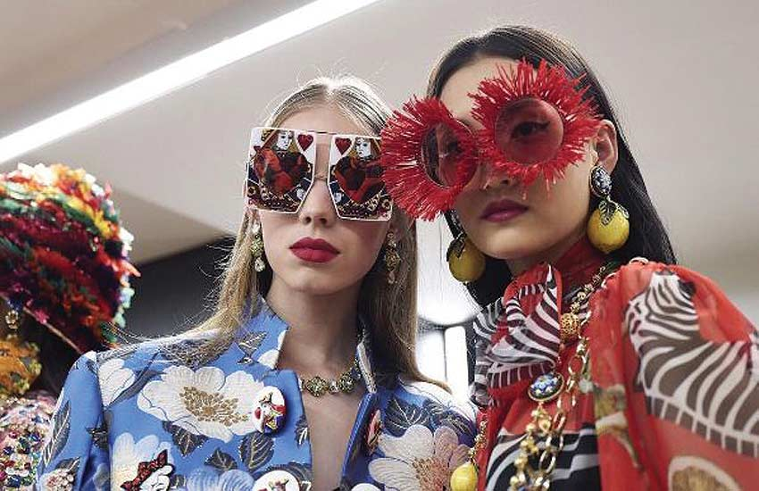 dolce-gabbana-spring-summer-2018-queen-of-hearts-collection-review