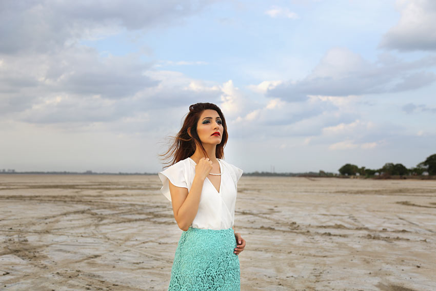 fashion-style-fun-summer-outfit-shilpa-ahuja-casual-skirt-white-top