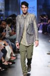 latest-mens-fashion-for-indian-weddings-Sayantan-Sarkar-at-LFW-WF-17
