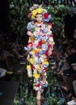 moschino-spring-summer-2018-ss18-rtw-collection (48)-sheer-floral-applique