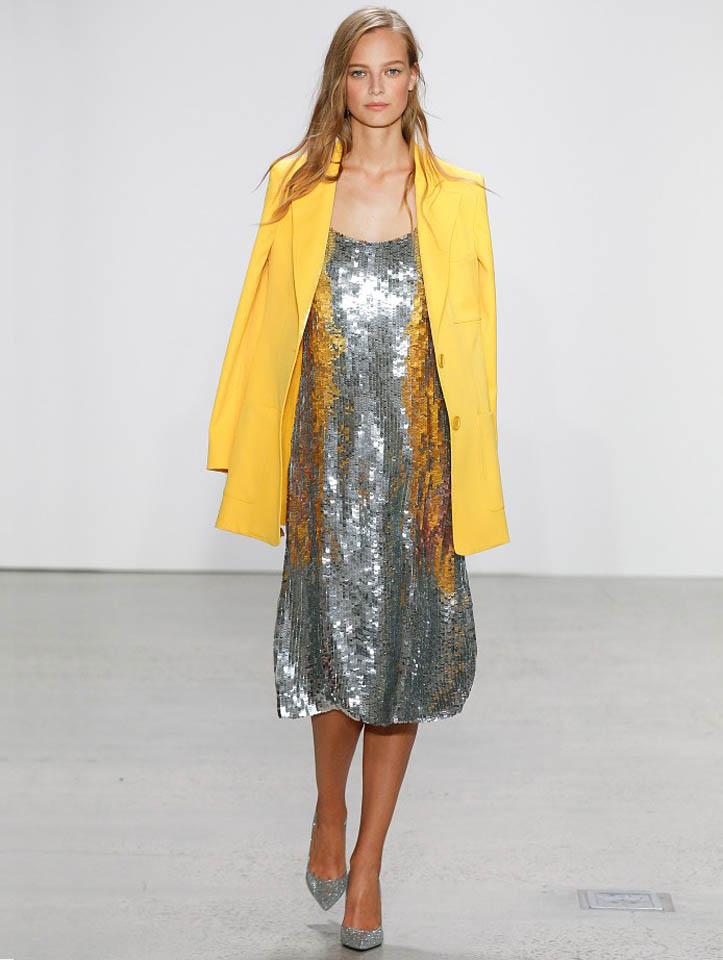 oscar-de-la-renta-spring-summer-2018-ss18-collection-rtw (26)-silver-dress-sequin