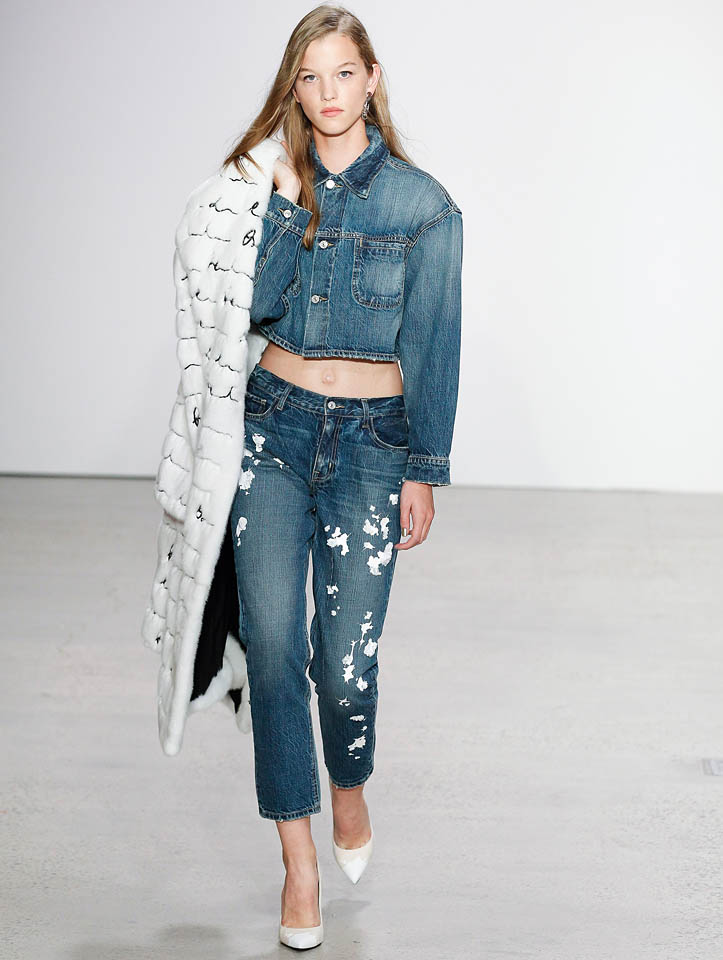 oscar-de-la-renta-spring-summer-2018-ss18-collection-rtw (6)-denim-on-denim-look