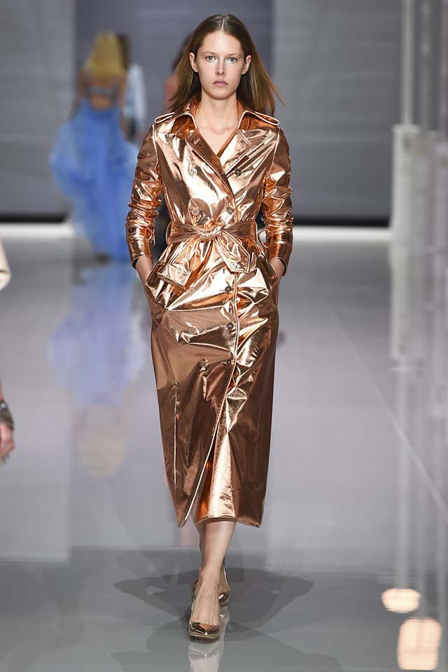 ralph-russo-spring-summer-2018-ss18-rtw-collection (23)-metallic-coat