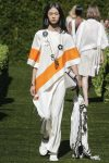 tory-burch-spring-summer-2018-ss18-rtw-collection (19)-asymmetric-top