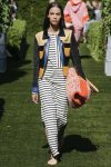 tory-burch-spring-summer-2018-ss18-rtw-collection (31)-striped-maxi