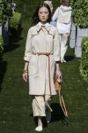 tory-burch-spring-summer-2018-ss18-rtw-collection (7)-trench-coat
