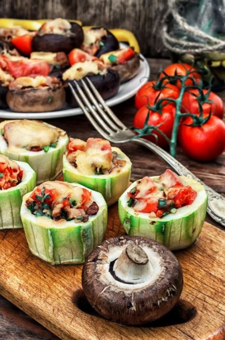 zucchini-rolls-veggies-baked-yummy-healthy-delicious-snacks