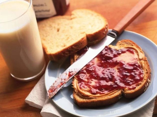 12-pbj-sandwich-breakfast-ideas-morning