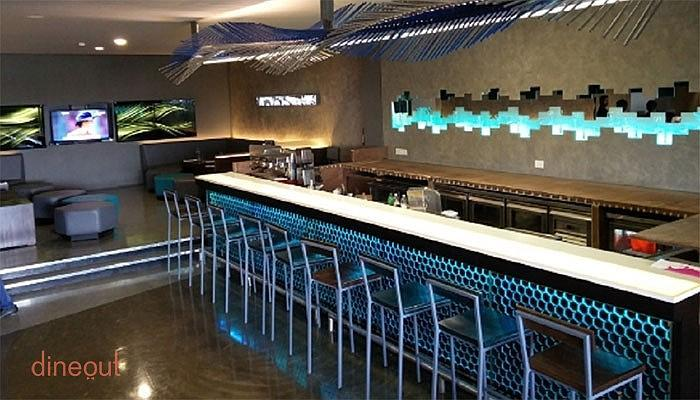 blue-inspiration-ink-303-best-pubs-in-chennai-confy-seats-great-food