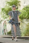 chanel-spring-summer-2018-ss18-rtw-collection (28)-gloves