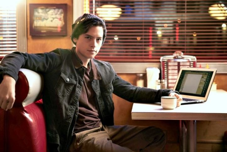 cole-sprouse-jughead-riverdale-tv-series-archie-hot-cute-actor-show