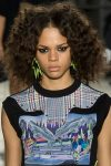 designer-versus-versace-spring-summer-2018-SS18-rtw-collection-hair-trend-analysis-curls