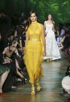 elie-saab-spring-summer-2018-rtw-ss18-collection (13)-jumpsuit
