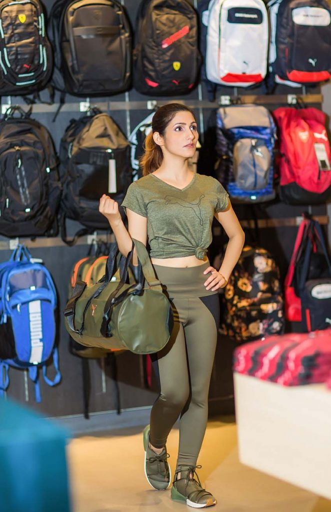 gym-outfit-what-to-wear-2017-latest-fitness-wear-active-latest-brands-trends