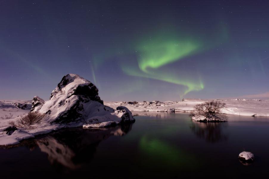 iceland-northern-lights-aurora-travel-ideas-places-top-10-honeymoon-destinations
