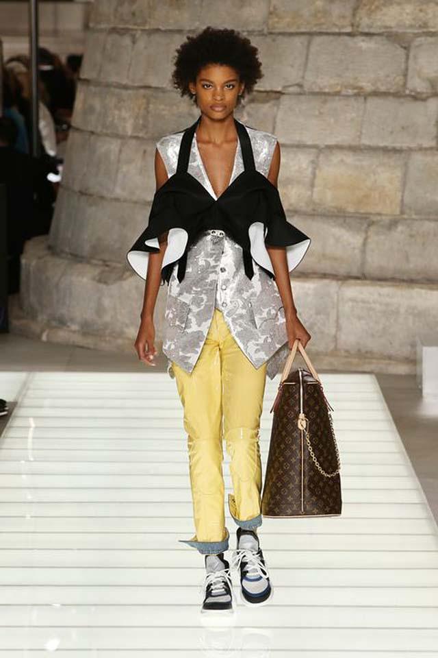 Louis Vuitton top fashion brands