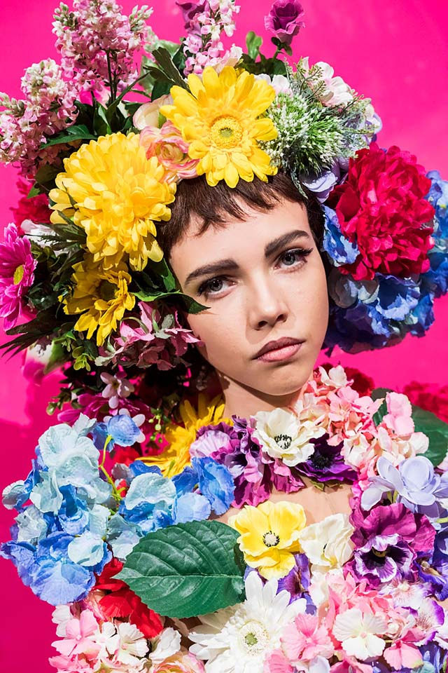 moschino-spring-summer-2018-ss18-rtw-backstage-pics (11)-floral-tiara