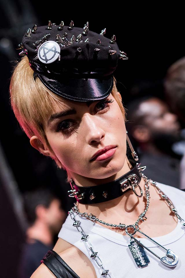 moschino-spring-summer-2018-ss18-rtw-backstage-pics (14)-studded-hat