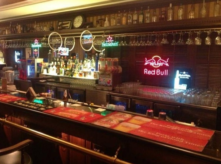 top-pubs-in-chennai-10d-10-downing-street-cocktails-yummy-food