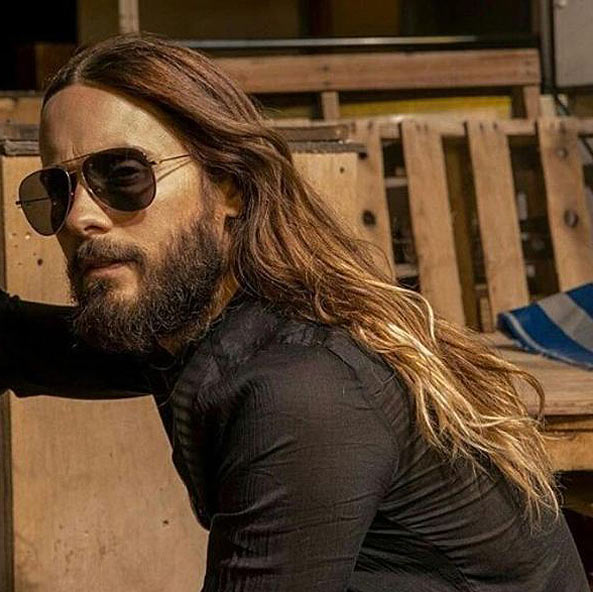 trendy-mens-hairstyles-2017-long-wavy-hair-jared-leto
