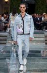 versace-spring-summer-2018-straight-jeans-trends-for-men