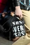 versus-spring-summer-2018-ss18-rtw (34)-black-mini-bag