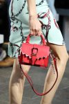 versus-spring-summer-2018-ss18-rtw (35)-red-mini-bag
