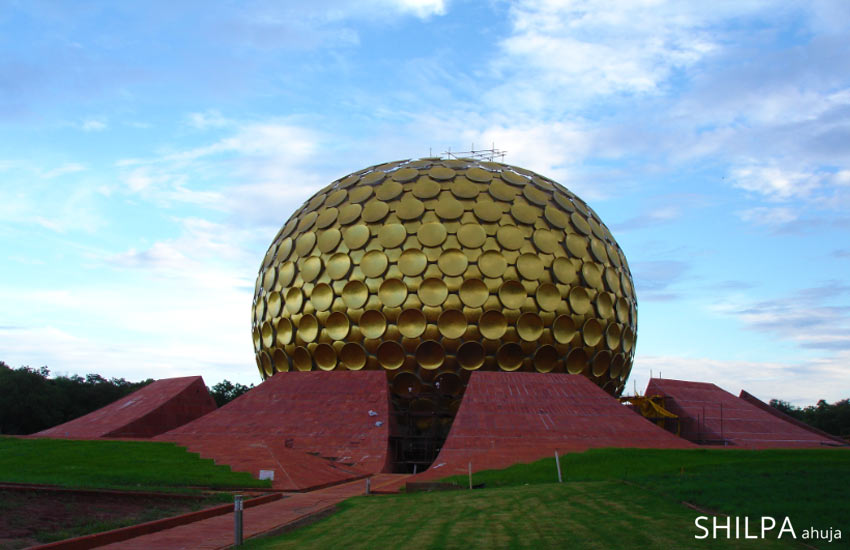 best-holiday-sightseeing-places-tourist attractions-auroville-matri-mandir