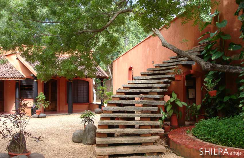 best-tourist-places-spots-south-india-tamil-nadu-auroville