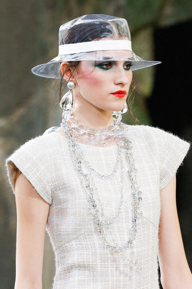 chanel-transparent-jewelry-latest-spring-summer-2018-accessories