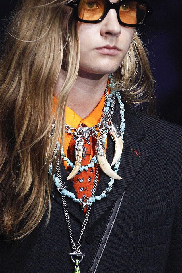 gucci-jewelry-trend-analysis-spring-summer-2018-latest-collection-necklace-tusk