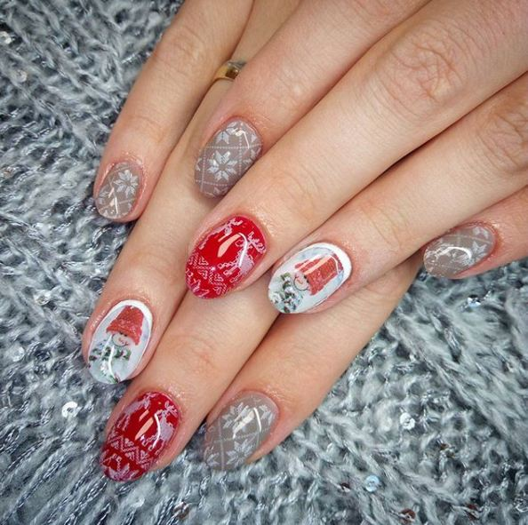 pretty-winter-snow-nail-art-decals-christmas-patterns-reindeer-snowman