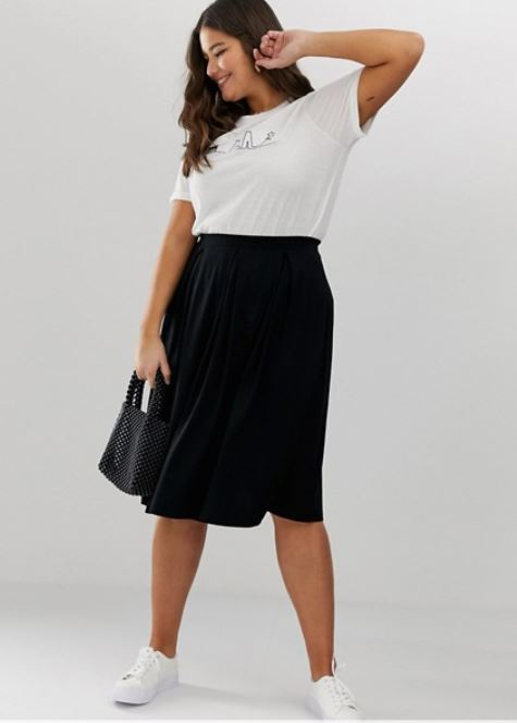 trendy-plus-size-college-fashion-skirt