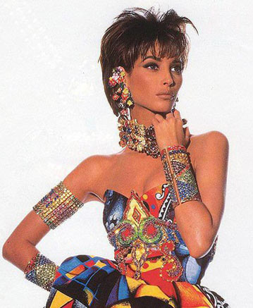 90S-bracelets-jewelry-trends-1990-90sbracelets-celebrity-trends-90s-jewelry