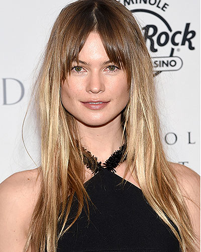Behati-bal-celebrity-style-2017-latest-hairstyle-trends-2017-hair-color-lowlights