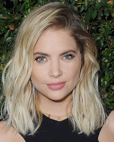 ashley-benson-darker-roots-blonde-hair-latest-haircolor-trends-celebs-style