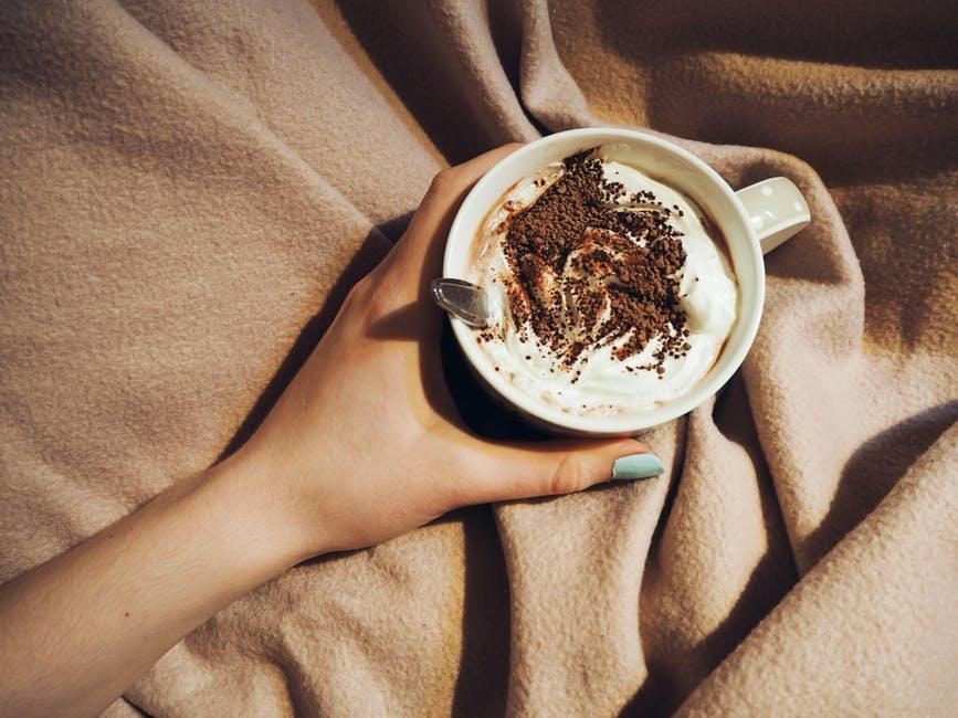 best-chocolate-dessert-ideas-quick-simple-baking-recipes-easy-mug-brownie