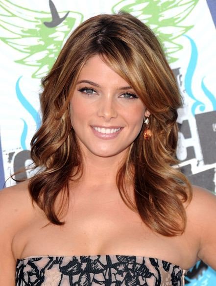 blonde-highlight-low-lights-ideas-dark-light-brown-hair-brunettes-ashley-greene
