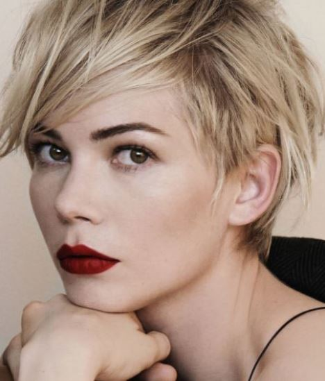 carey-mulligan-pixie-blonde-balayage-short-hair