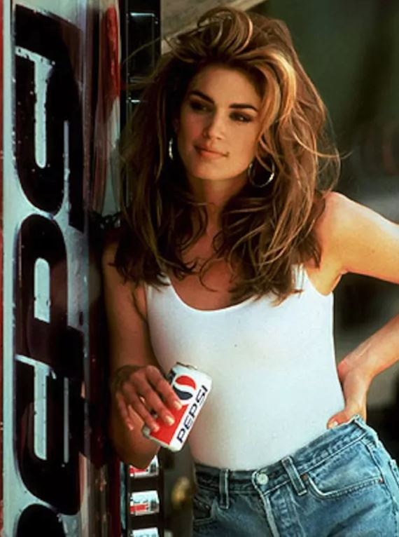 cindy-crawford-90s-pepsi-commercial-superbowl-supermodels-hottest-most-famous-sexy