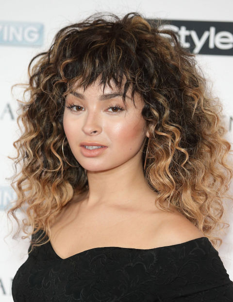 curly-hair-feathered-bangs-long-curls-best-haircuts-hairstyles