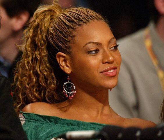 easy-naturally-curly-hair-micro-braids-hairstyles-high-pony-beyonce
