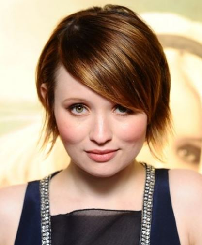 emily browning-balayage-short-bob-brown-balayage